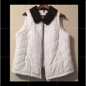 New Directions Woman Puffer Vest